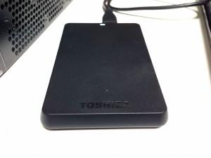 お買い物♪ TOSHIBA の 1TB ポータブル HDD Canvio Basics