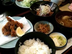 定食(まぐろ納豆、鳥唐揚)