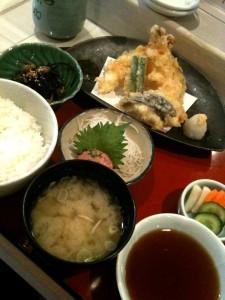 昼膳A(てんぷら定食)