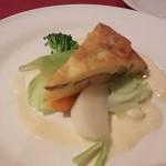 コロ鯛のブリニ 白ワインとハーブのソース