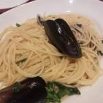 ムール貝と菜の花のペペロンチーノスパゲッティー